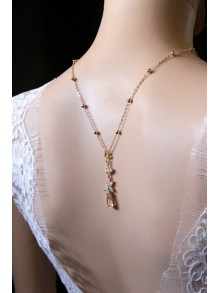 Collier de dos mariage avec bijou de dos en oxydes de zirconiums