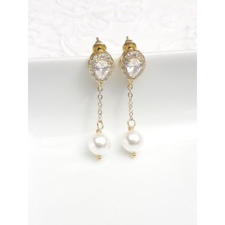 Clous d'oreilles dorés strass oxyde de zirconium gouttes et pendants perles