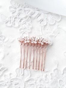 Peigne mariage rose gold, fleurs oxyde de zirconium et perles en cristal