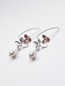 Longues boucles d'oreilles mariage fleurs orchidées rose gold