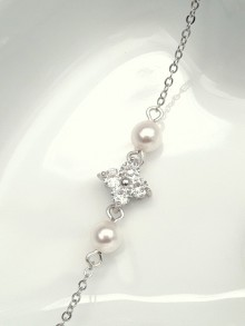 Bracelet bijou mariage perles et zirconium